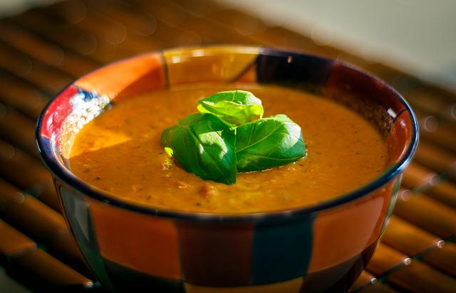zupa z czerwonej soczewicy z warzywami - przepis