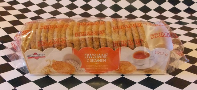 wegańskie ciastka owsiane z sezamem