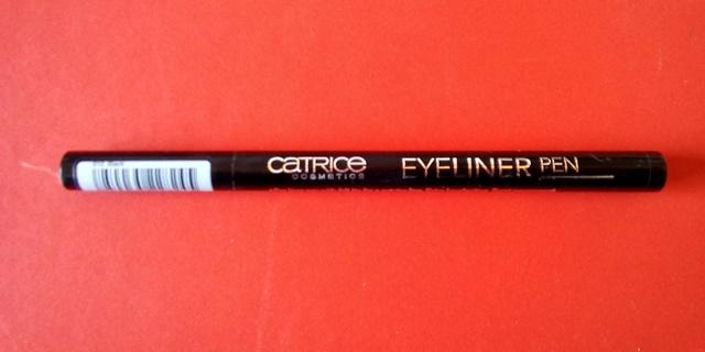 wegański eyeliner w pisaku Catrice