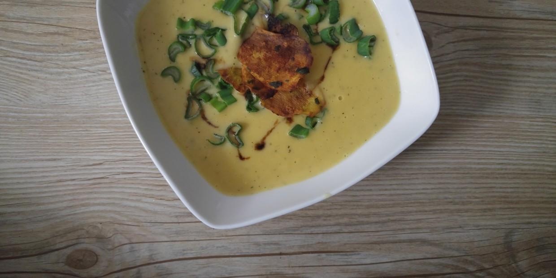 wegańska zupa serowa (krem)